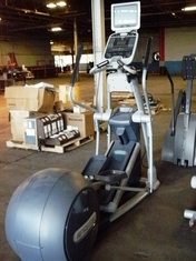 Precor EFX 576i Experience Series Elliptical w/TV (Reconditioned)