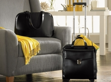 Women�s Totes and Briefcases