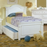 Cottage Traditions 3/3 Panel Bed in Eggshell [6510-33PAN-FS-AWC]