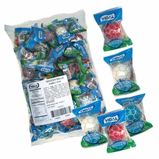 Soccer Ball Bubble Gum 60 Count