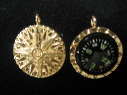 14K Gold Heirloom Compass Rose Pendant with Working Compass Inset