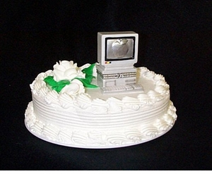 Wedding Gift Ideas For Nerds : Geek Wedding Cake Toppers & More