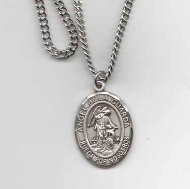 "Angel De La Guardia – Medalla Grande de Plata Esterlina, 1"" Forma Oval"