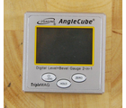 Angle Cubes and Guides