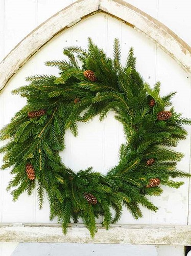 "Artificial Wreath - ""White Spruce Wreath"" - 22"""