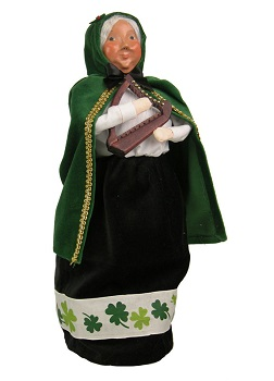 "Byers Choice Caroler - ""Irish Mrs. Claus"" 2015"
