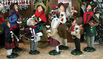 Byers Choice Carolers - Christmas Market Collection