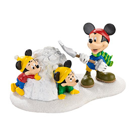 "Department 56 - Mickey's Christmas Village - ""Snow Fort Fun!"""