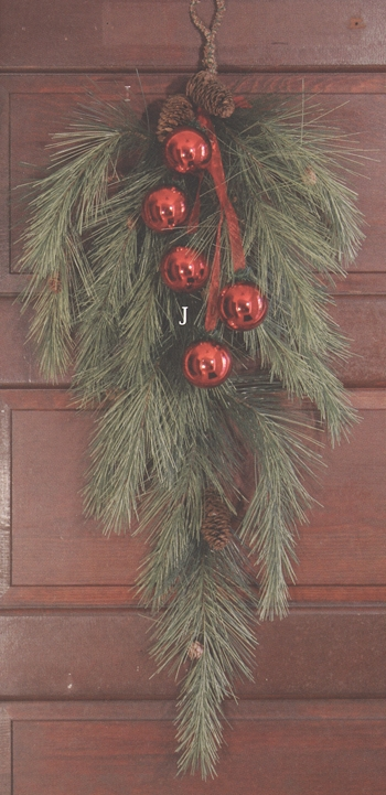 Holiday Swags, Crescents, & Teardrops