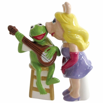 "Salt & Pepper Shakers - ""Miss Piggy & Kermit Magnetic Salt & Pepper Shakers"""