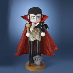 "Steinbach Nutcracker  - ""Count Dracula""  -  1st in the Horror Legends Series"