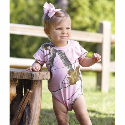 Code V Infant Creeper: (4485)