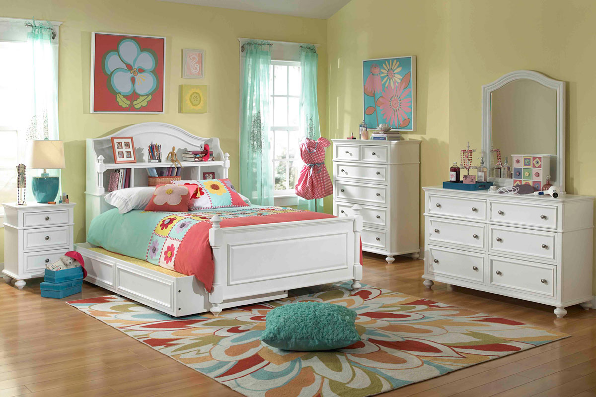 Youth girl bedroom sets