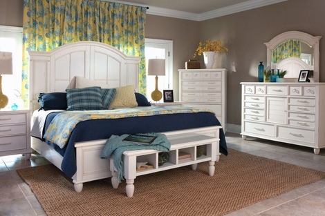 Malibu White Wood Bedroom Collection
