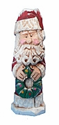 Hand Carved Santa Claus with Wreath #16051