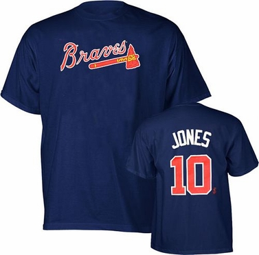 Atlanta Braves Chipper Jones Name and Number T-Shirt - X-Large