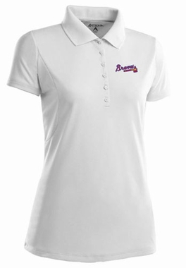 Atlanta Braves Womens Pique Xtra Lite Polo Shirt (Color: White)