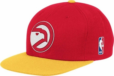 Atlanta Hawks Throwback Snapback Hat
