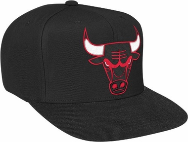 Chicago Bulls Vintage Logo Black Throwback Snap Back Hat