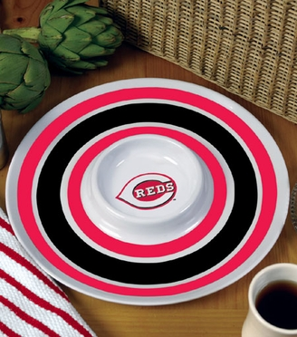 Cincinnati Reds Plastic Chip and Dip Plate