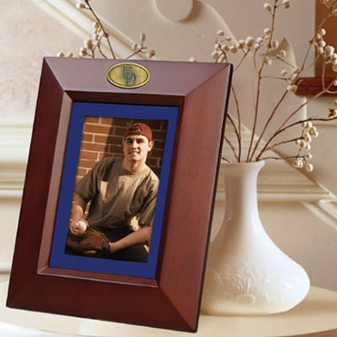 Delaware BROWN Portrait Picture Frame