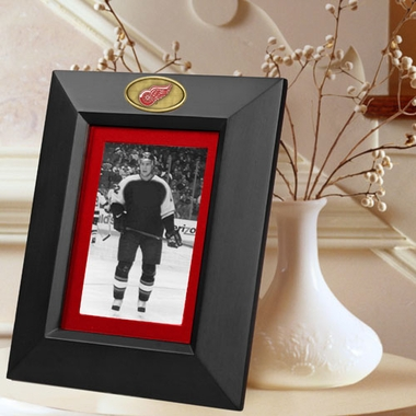 Detroit Red Wings BLACK Portrait Picture Frame