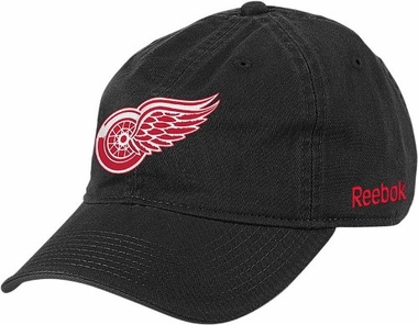 Detroit Red Wings Logo Team Slouch Adjustable Hat