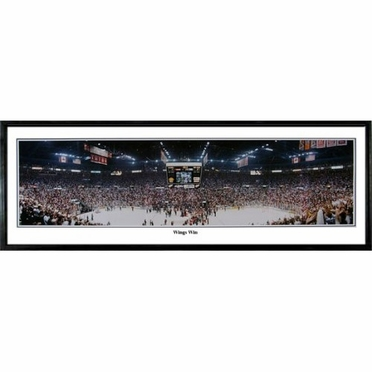 Detroit Red Wings Wings Win Framed Panoramic Print
