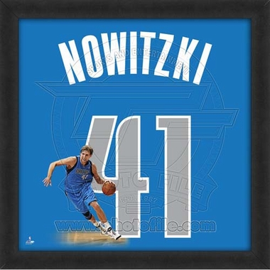 "Dirk Nowitzki, Mavericks UNIFRAME 20"" x 20"""