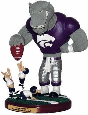 Kansas State Keepaway Rivalry Statue