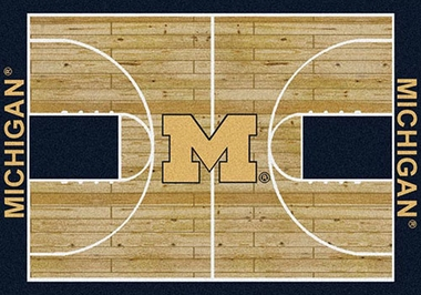 "Michigan 7'8"" x 10'9"" Premium Court Rug"