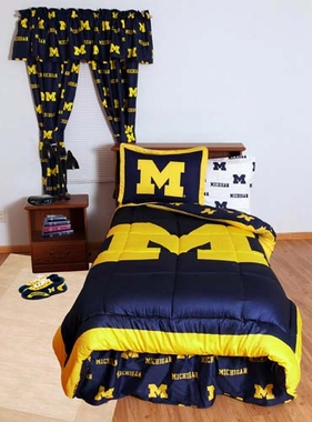 Michigan Bed in a Bag Twin - With White Sheets
