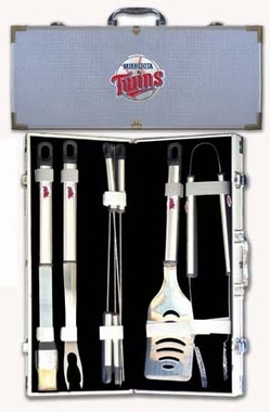Minnesota Twins 8pc. BBQ Set w/Case