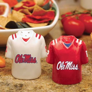 Mississippi Ceramic Jersey Salt and Pepper Shakers