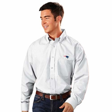 New England Patriots Mens Esteem Check Pattern Button Down Dress Shirt (Color: White)