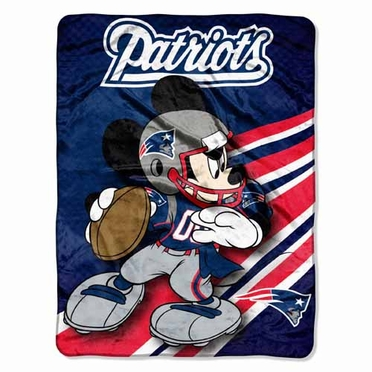 New England Patriots Mickey Mouse Microfiber Throw