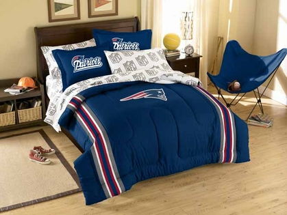 New England Patriots Twin Comforter and Shams Set