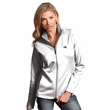 New England Patriots Womens Leader Jacket (Color: White)
