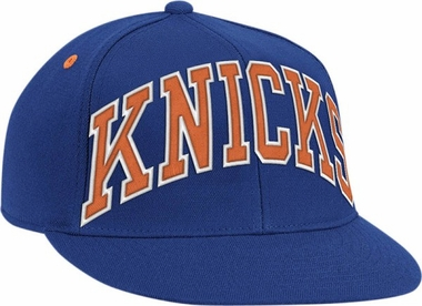New York Knicks Vintage Wordmark Flat Bill Flex Hat