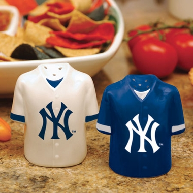 New York Yankees Ceramic Jersey Salt and Pepper Shakers