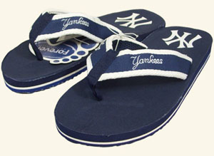 New York Yankees Contoured Flip Flop Sandals - Large
