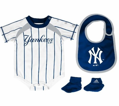 New York Yankees Creeper Bib and Bootie Set