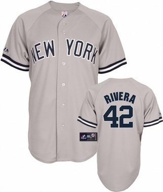 New York Yankees Mariano Rivera Replica Player Jersey (Road)