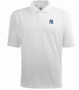 New York Yankees Mens Pique Xtra Lite Polo Shirt (Color: White)