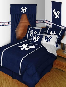 New York Yankees SIDELINES Jersey Material Comforter