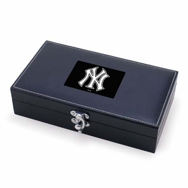 New York Yankees Syrah Wine Accessories (Black)