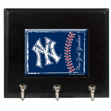 New York Yankees Wooden Keyhook Rack