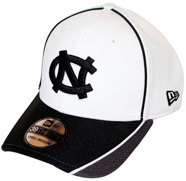 North Carolina Tarheels New Era 39THIRTY Pipe Slide Fitted Hat - White/Gray