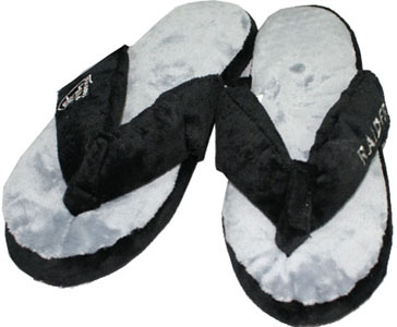 Oakland Raiders Plush Thong Slippers-Medium