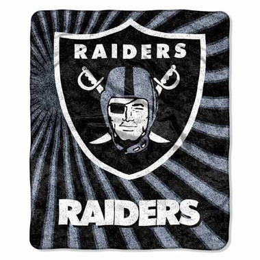 Oakland Raiders Super-Soft Sherpa Blanket